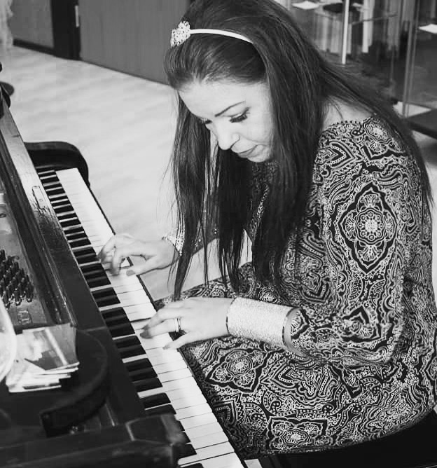 Em Piano Lesson Bild
